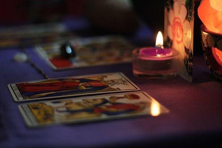 aluhti inspiratie magazine - voorspellingen, toekomst, divinatie, horoscoop, profetie, astrologie, horoscoop